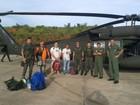 Exército de Porto Velho resgata de helicóptero jipeiros atolados na mata