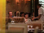 Deborah Secco e Roger Flores jantam no Rio