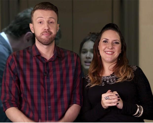 Bic e Thiago comentam cena de Bruna Marquezine (Foto: webséries/gshow)