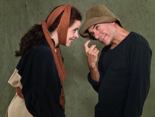Cristina Pereira e Ricardo Blat vivem dois palhaços no espetáculo (Foto: Divulgação)