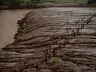 Fotógrafos percorrem 'caminho de lama' após tragédia no Rio Doce