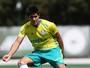 Thiago Martins tem lesão no ligamento cruzado e fica fora por seis meses