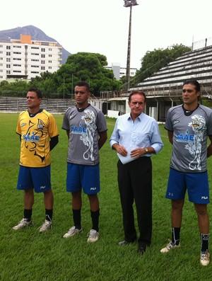 Entre as novidades estão os goleiros Arlem (esquerda) e Wilson (direita) (Foto: Diego Souza/Globoesporte.com)