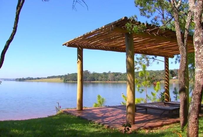 Beleza da represa impressiona!  (Foto: Reprodução / TV TEM)