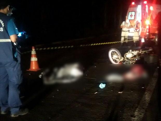 Uma pessoa morreu e seis ficaram feridas após o acidente (Foto: Polícia Civil/Divulgação)