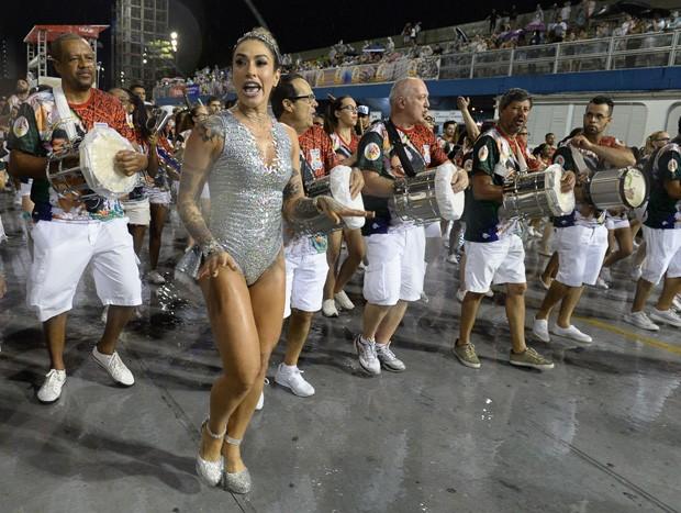 Dani Bolina em ensaio técnico  (Foto: Francisco Cepeda/AgNews)