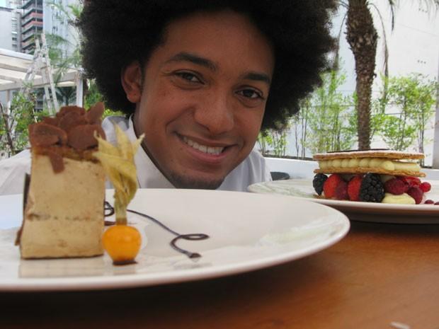 Jeferson Costa, de aprediz de confeiteiro, a chef aos 25 anos  (Foto: Lívia Machado/G1)