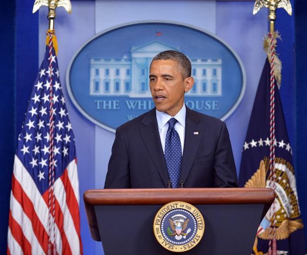 O presidente dos EUA, Barack Obama, fala nesta segunda-feira (15) na Casa Branca sobre as explosões em Boston (Foto: AFP)