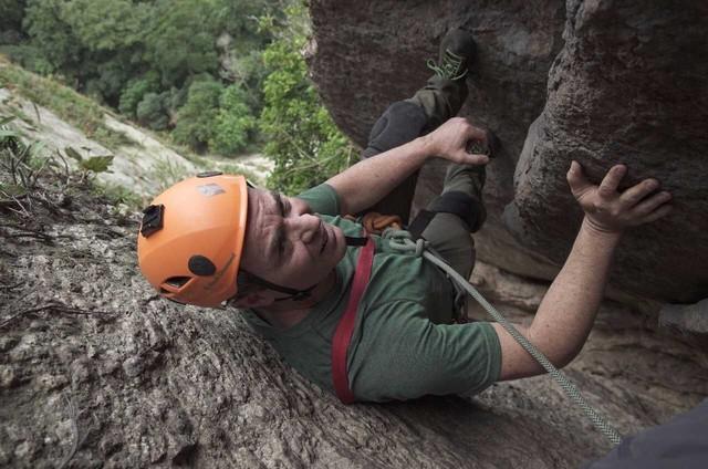 Clayton Conservani fez, para o 'Esporte espetacular', uma famosa trilha do Pão de Açúcar (Foto: TV Globo)