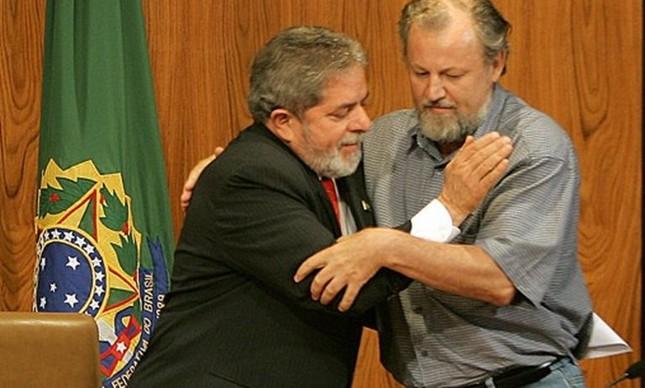 O ex-presidente Lula e João Pedro Stédile, íder do MST (Foto: Divulgação)