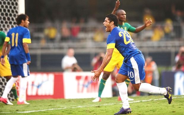 Hulk, Brasil x Africa do Sul (Foto: Marcos Ribolli / Globoesporte.com)