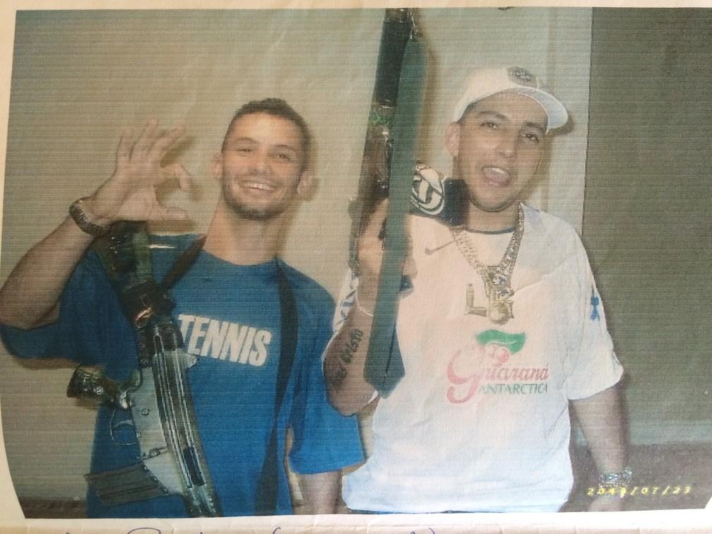 Guarabu e Gil: amigos de infância e parceiros no tráfico de drogas (Foto: Reprodução)