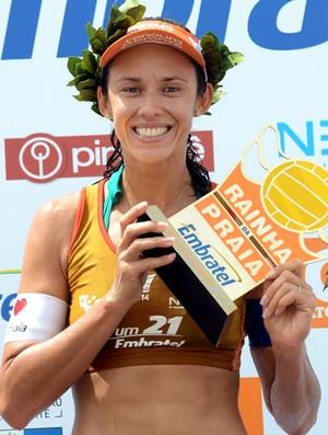 Talita Rainha da praia troféu vôlei de praia (Foto: Mauricio Kaye)