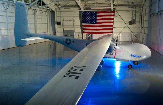 Ainda em fase protótipo, o Orion é um drone de média altitude e ampla potência (MALE) fabricado pela Aurora Flight Sciences. (Foto: Reprodução/Aurora Flight Sciences)