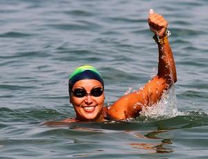 Poliana Okimoto chega a Londres confiante para maratona aquática