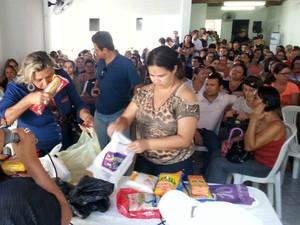 Arecadação de alimentos acontece em Santa Rita, na Grande João Pessoa (Foto: Mano Costa/Divulgação)