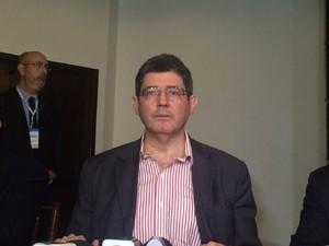 Ministro Joaquim Levy visita Maceió para participar do Consefaz (Foto: Carolina Sanches/G1)