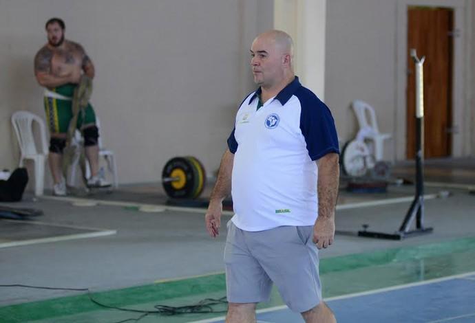 Luís Lopez técnico seleção brasileira levantamento de peso (Foto: André Durão)