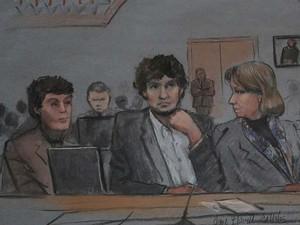 Desenho feito no segundo dia de julgamento da maratona de Boston, nesta quinta-feira (5) mostra o réu Dzhokhar Tsarnaev  (Foto: REUTERS/Jane Flavell Collins)