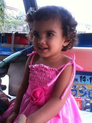 Foto recente de menina sequestrada será enviada para Interpol (Foto: Arquivo Pessoal)