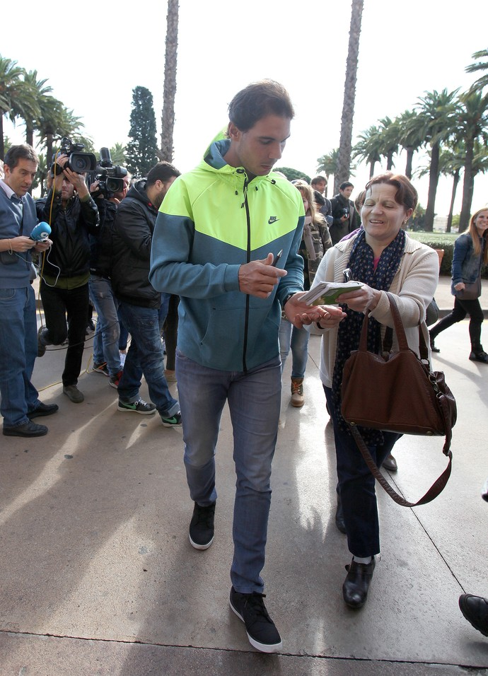 Nadal deixa hospital (Foto: Splash News / AKM-GSI)