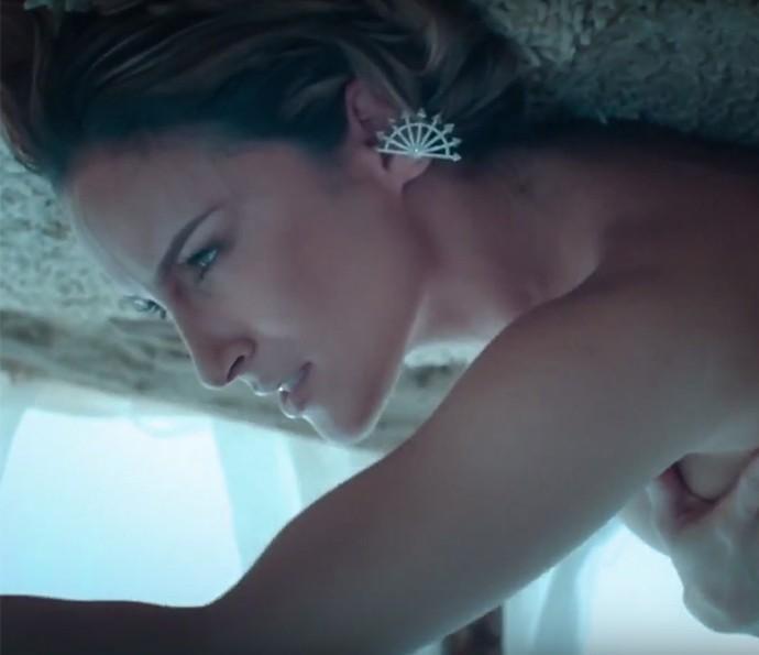 Claudia Leitte está linda em novo clipe (Foto: Reprodução)