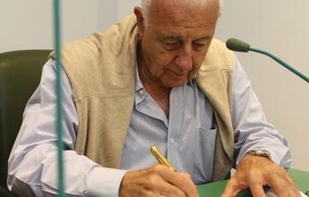 Del Grande e mais dois vão disputar comando do Conselho do Palmeiras