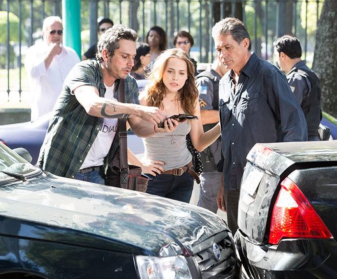 Confusão! Romero sofre acidente de carro (Foto: Felipe Monteiro/Gshow)