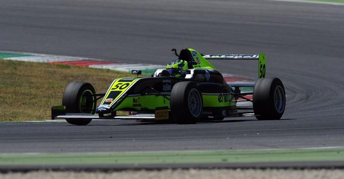 João Vieira larga em sétimo na primeira corrida deste domingo (6)  (Foto: arquivo pessoal )