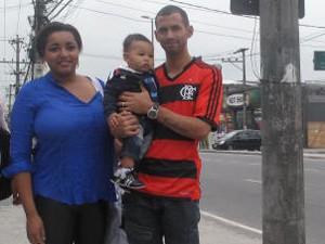 Pedestres reclamam dos transtornos causados na Zona Oeste (Foto: Glenda Almeida/G1 )