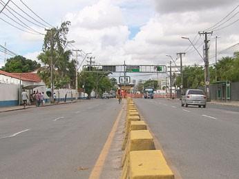 Avenida Cruz Cabugá, no Recife. (Foto: Reprodução / TV Globo)