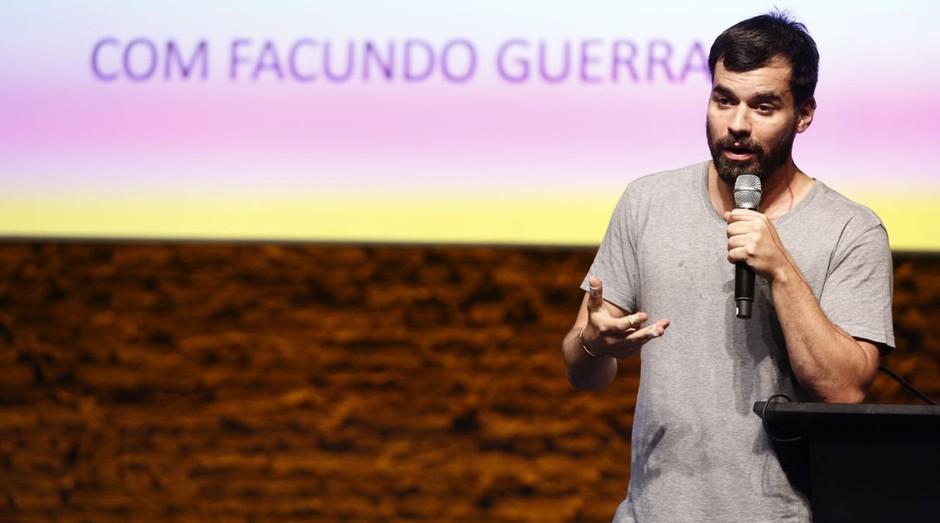 Facundo Guerra durante o Festival de Cultura Empreendedora  (Foto: Ricardo Cardoso)