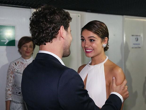 Sophie e Daniel de Oliveira nos bastidores do show de Roberto Carlos (Foto: Carol Caminha/Gshow)