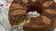 Raspando a panela: aprenda a fazer bolo de banana fit