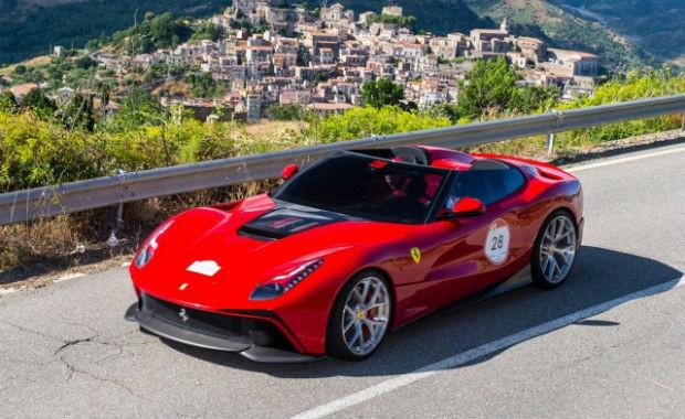 Ferrari F12 TRS (Foto: Divulgação)