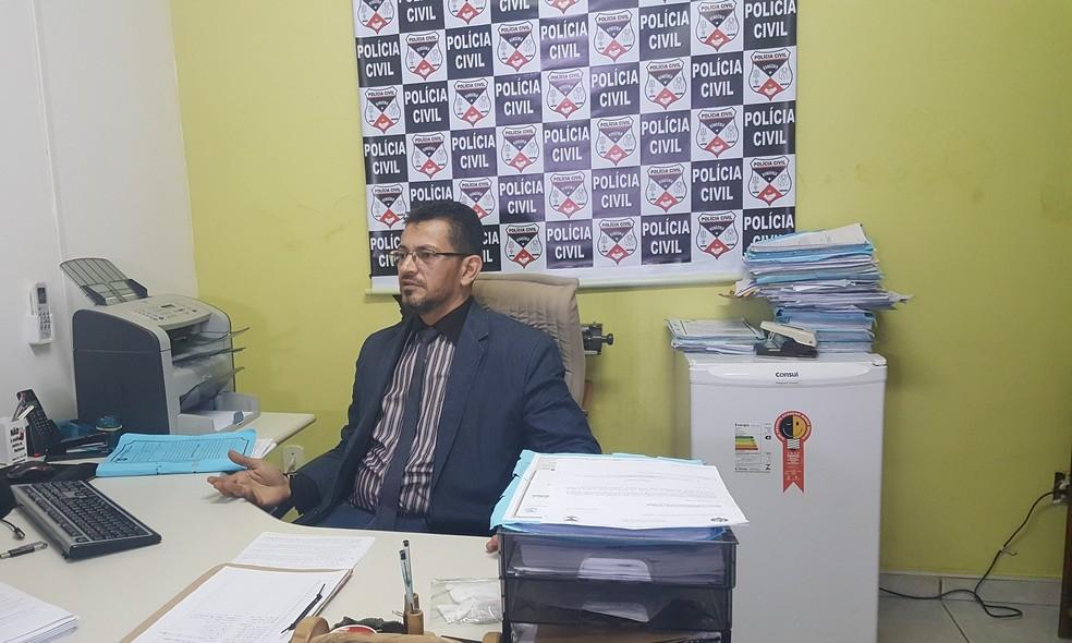 Delegado Luiz Carlos Hora é responsável pelo caso (Foto: Marco Bernardi/G1)