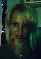 Britney Spears muda o visual e fã detona: 'Parece um detento'