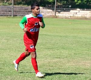 Rayllan, meia atacante do River-PI (Foto: Abdias Bideh/GloboEsporte.com)