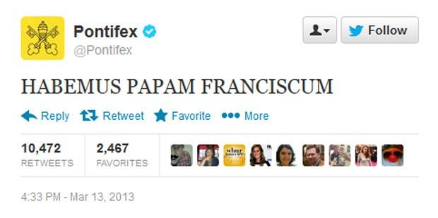 Twitter oficial do papa rompeu o silêncio e anunciou nome de Francisco I (Foto: Reprodução)