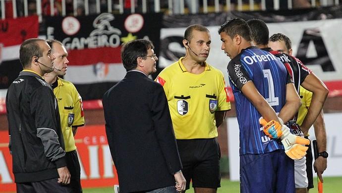 Joinville x Portuguesa (Foto: José Carlos Fornér/JEC)
