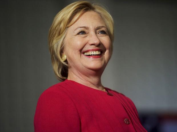 Hillary Clinton durante comício na West Philadelphia High School, em Filadélfia, Pensilvânia, no dia 16 de agosto (Foto: Reuters/Mark Makela)