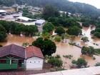 Moradores flagram deslizamento de terra e cheias causados pelas chuvas