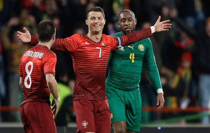 Cristiano Ronaldo gol, Portugal x Camarões (Foto: AP)