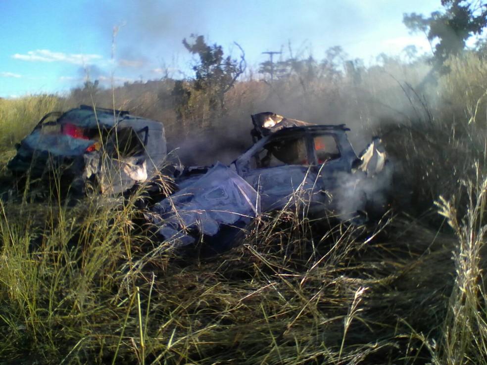 Equipes de emergência foram chamadas para atender o acidente (Foto: Divulgação)