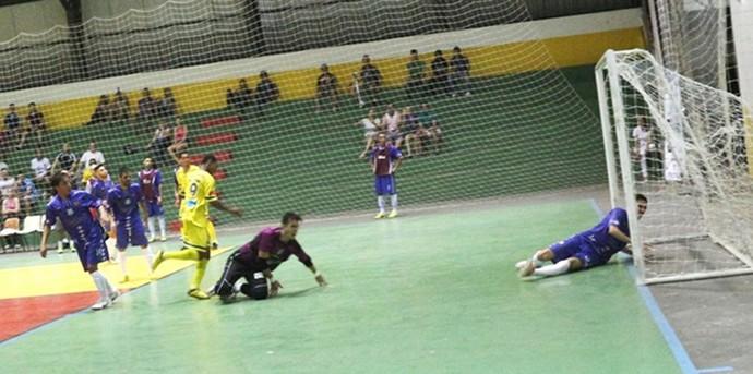 Partida entre Dracena e Jundiaí termina em 2 a 2  (Foto: Cláudio José/Bastidores da Notícia)