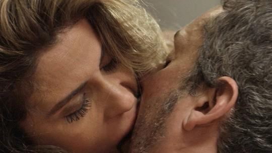 #Romena! Relembre os momentos mais quentes do casal que pegou fogo em 'A Regra do Jogo'