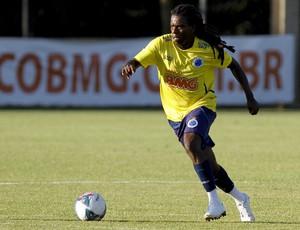 Tinga, Cruzeiro, Toca da Raposa II, treino (Foto: Washington Alves / Vipcomm)