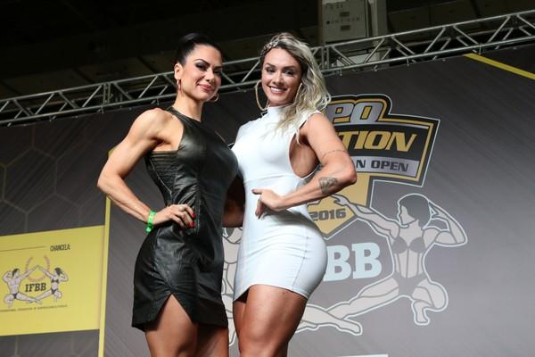Graciella Carvalho e Juju Salimeni apresentam premiação fitness