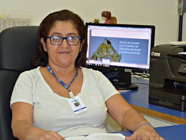 Joana Souza é uma das responsáveis pela pesquisa na Embrapa no Acre (Foto: Diva da Conceição/Embrapa)