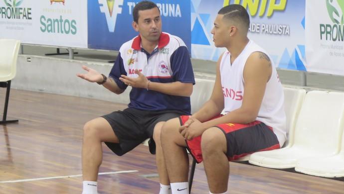 Treino do Internacional basquete santos (Foto: Antonio Marcos)